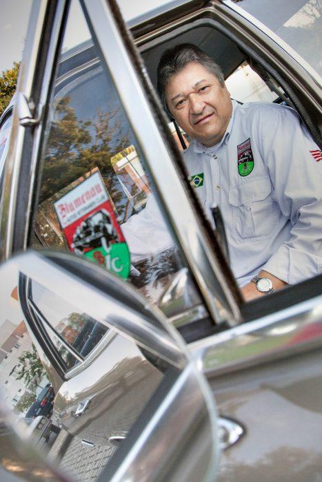 Seu Eurípedes, presidente do Blumenau Autos Veteranen Club